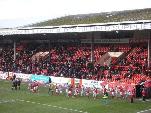 Pittodrie 090213 (20)