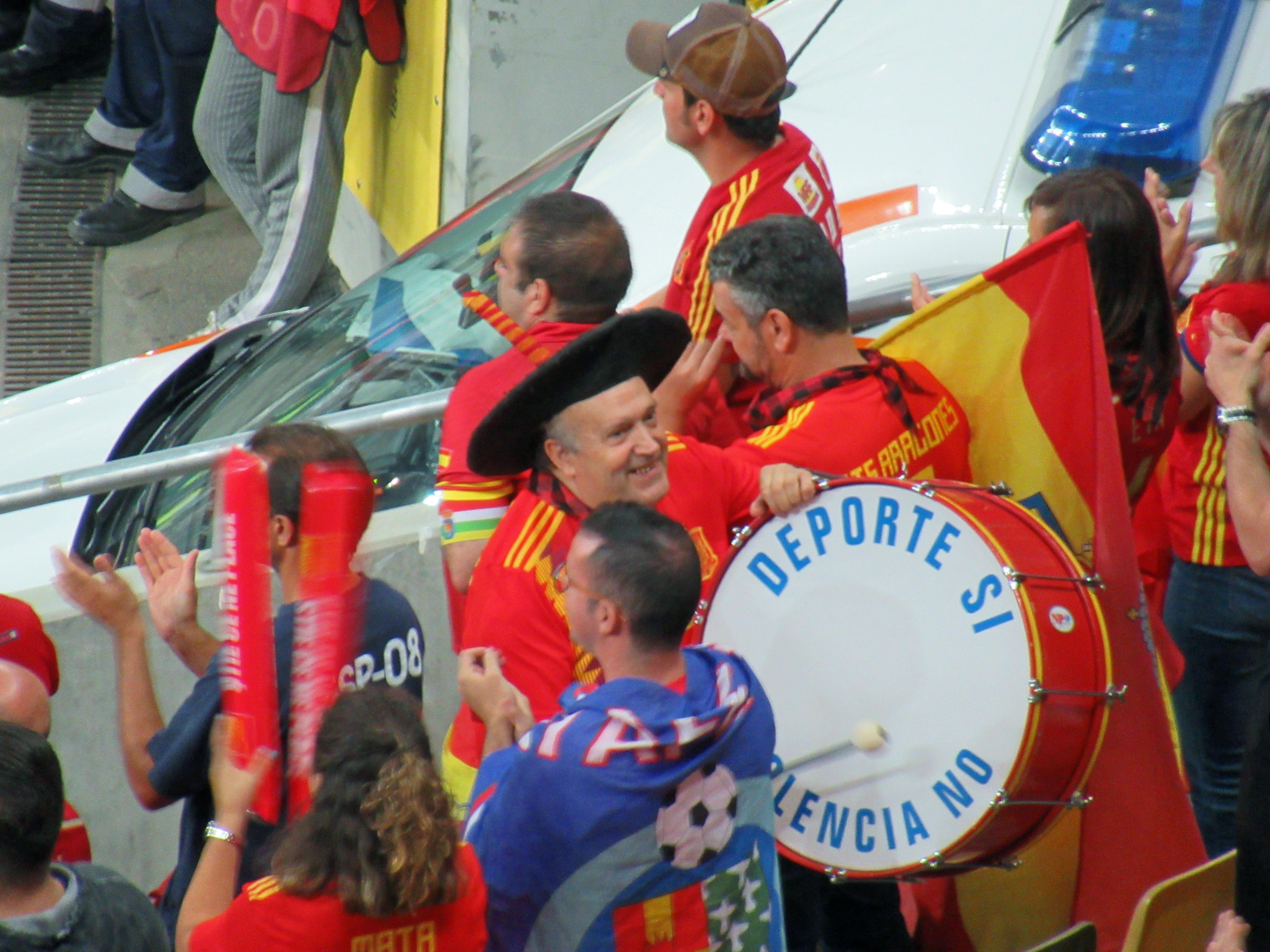 Manolo Spain's famous fan